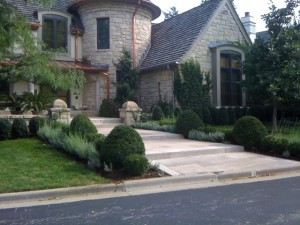woodinville landscapers in washington state 300x225 Decorate & Maintain your Landscaping With Us!
